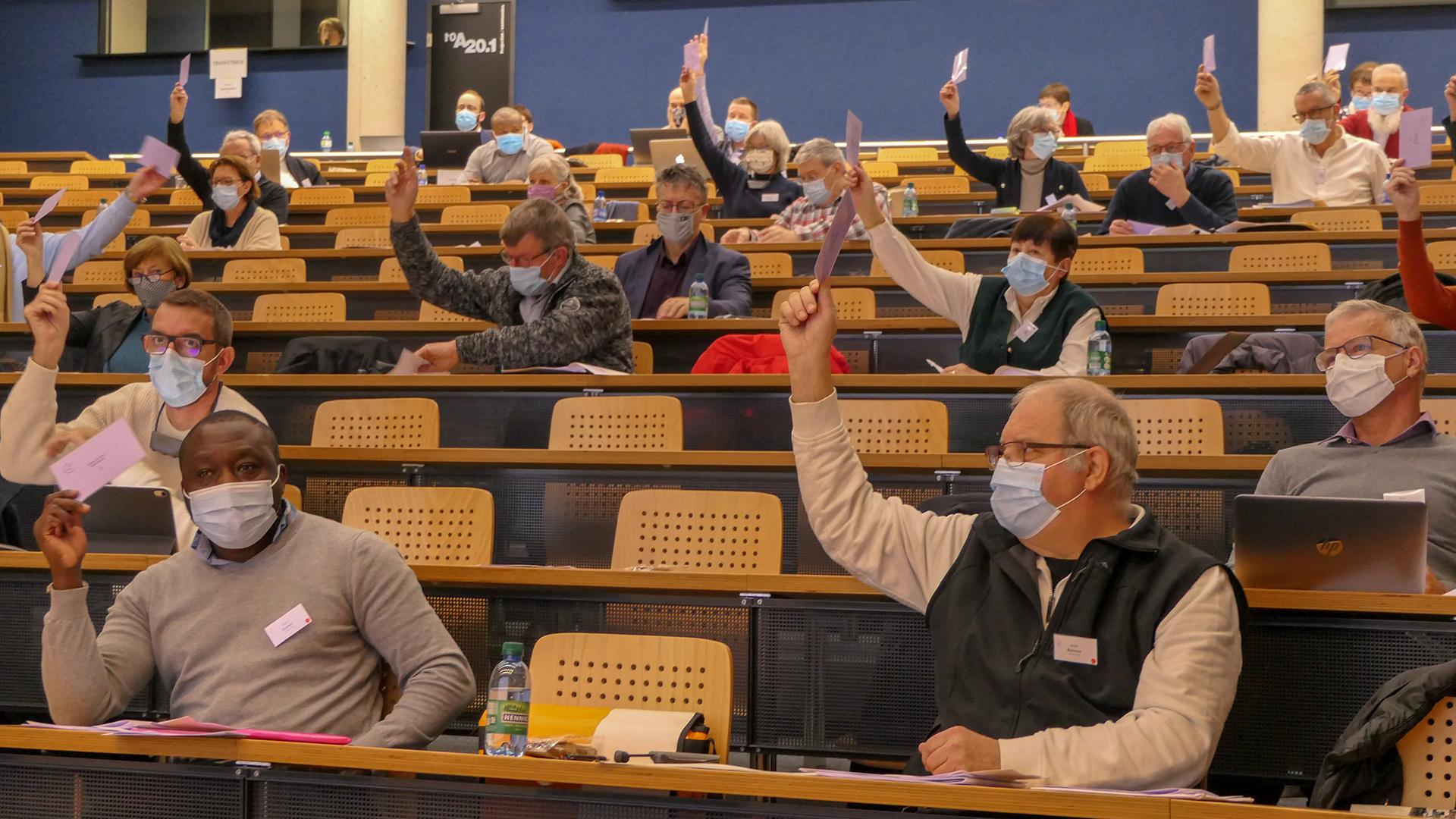 Réunis en assemblées le 12 décembre 2020, à Fribourg, les délégués de la Corporation ecclésiastique cantonale (CEC) et ceux de la Caisse de rémunération des ministères paroissiaux (CMP) ont approuvé leur budget 2021 respectif.